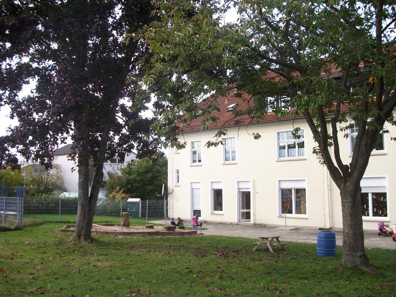 Evangelischer kindergarten abenteuerland einrichtung for Evangelischer kindergarten